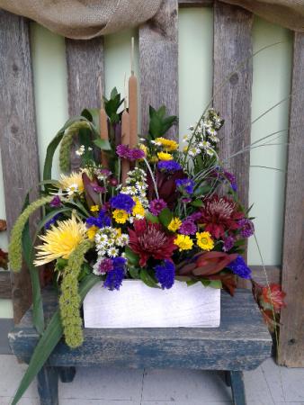 The Garden Box Fresh Arrangement
