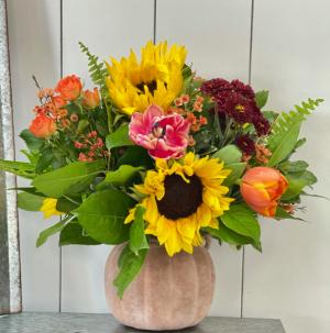 The Great Pumpkin Compact Vase Arrangement in Bluffton, SC | BERKELEY FLOWERS & GIFTS