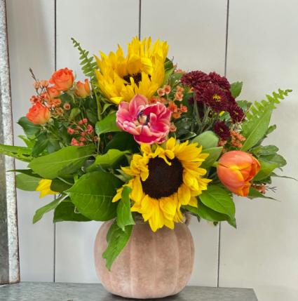 The Great Pumpkin Compact Vase Arrangement