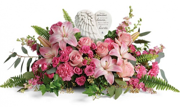 The Heartfelt Farewell Bouquet T28-08B - Deluxe Shown