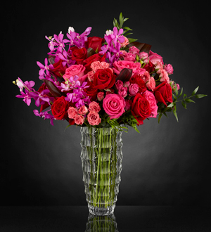 The Heart's Wishes™ Luxury Bouquet  in Las Vegas, NV   Blooming Memory