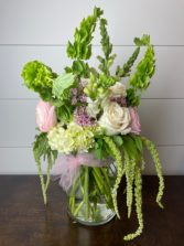 The Heather H. Fresh Cut Floral Arrangement