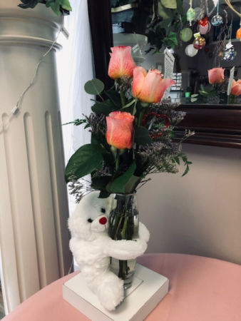 the hugger Vase Arrangement
