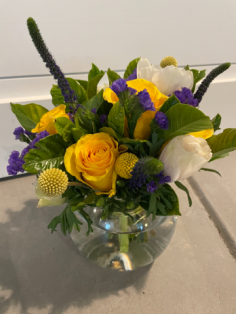 The Jaime  Fresh Cut Floral Arrangement