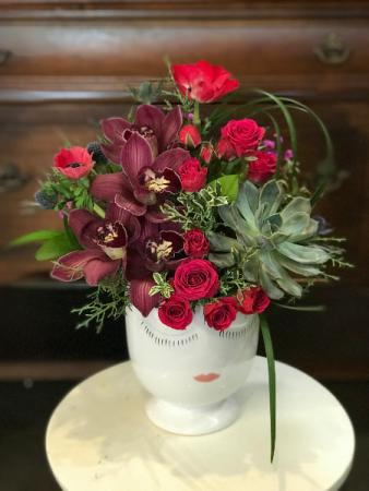 The Lady Vase Design