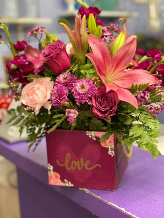 The love box Floral arrangement