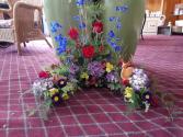 The outdoorsman Urn bouquet