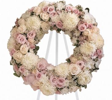 """The Peace Eternal 18"""" Wreath T236-1A"""