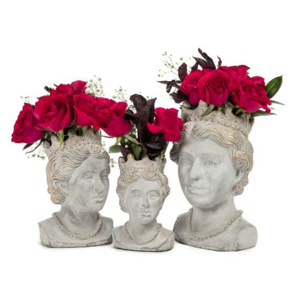 The Queen planters 3 sizes available