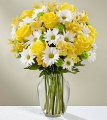 The Sunny Sentiments™ Bouquet by FTD