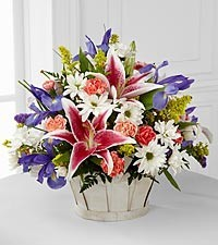 The Wondrous Nature™ Bouquet  C12-4400 in Bowerston, OH | LADY OF THE LAKE FLORAL & GIFTS