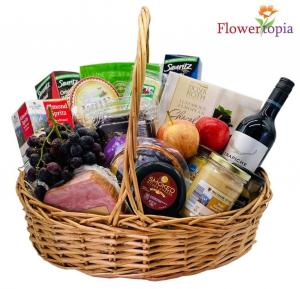The Works Gourmet Basket in Miami, FL | FLOWERTOPIA