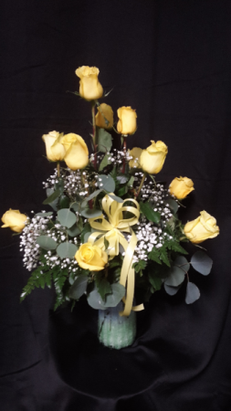 The yellow rose of Texas dozen roses