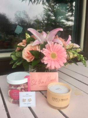Think Pink Valentine's Gift Set  in Nashville, TN | BLOOM FLOWERS & GIFTS