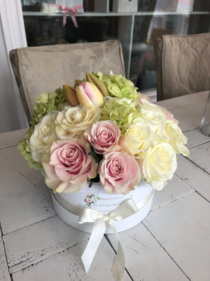 Heavenly  Flower box in Sparta, NJ | Bluet Flower Co.
