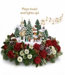 Thomas Kinkade Christmas Carolers Keepsake Music box in Centerpiece