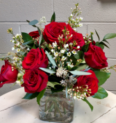 Timeless rose bouquet dozen roses in square vase