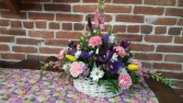 Tis Spring  basket table arrangement