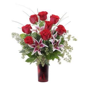Loving Gaze Fresh Flower Arrangement