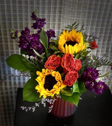 tones of fall Flower Arrangement