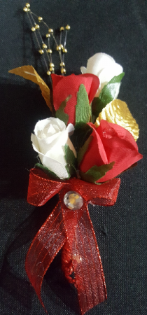 Touch of Class Boutonniere
