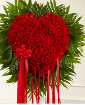 Traditional all rose bleeding heart All red roses