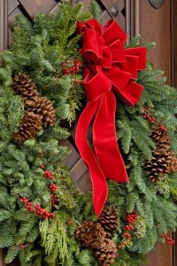 Traditional Christmas Wreath Christmas Arrangement