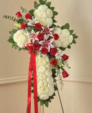 Traditional cross  in Ozone Park, NY | Heavenly Florist