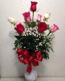 TRADITIONAL LOVE Dozen Roses