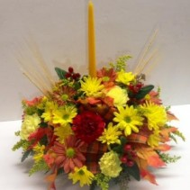 Traditional Single Candle Thanksgiving Centerpiece