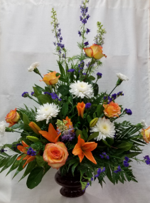 Traditional Sympathy Fresh Arrangment