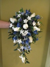 Trailing bouquet
