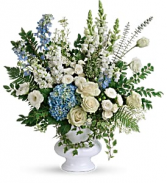 Treasured And Beloved T283-8A Bouquet