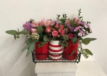 Tres Amore red Vase arrangement