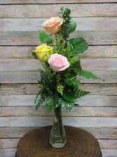 Tri-Color Bud Vase Vase Arrangement