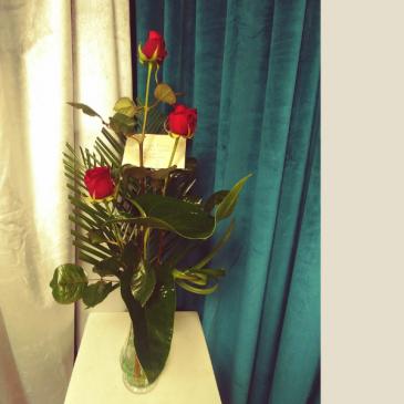 Tri-Rose tropical Combination Rose Arrangement