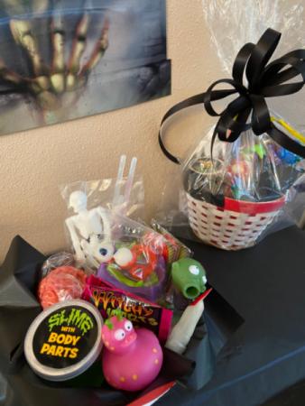 creepy goodie basket Gift badket