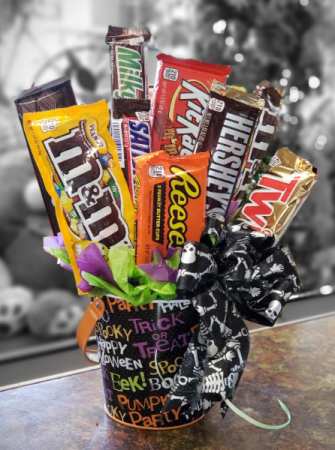 Trick-or-Treat Candy Bouquet