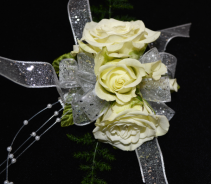 TRIPLE WHITE ROSE CORSAGE CORSAGE
