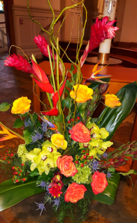 Tropical Tribute Arrangement in Chatham, NJ | SUNNYWOODS FLORIST