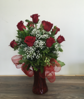 True Love 12 red roses in a vase