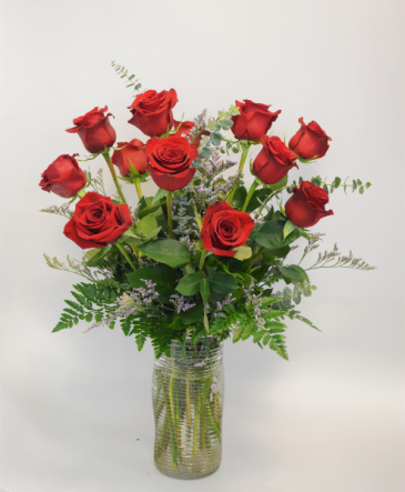 TRUE LOVE DOZEN RED ROSES
