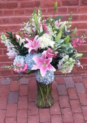 True Romance Vase Arrangement in Newport, RI | BELLEVUE FLORIST