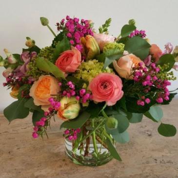 Truly Elegant Garden Style Cylinder Vase