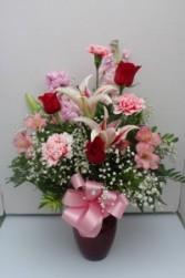 V6 Truly Yours Fresh Flower Arrangement