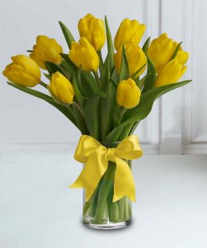 TULIP BOUQUET floral arrangement in Sentinel, OK | JJ GIFT SHOP