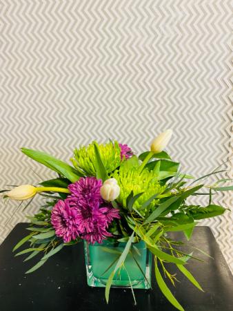 tulip burst Flower Arrangement