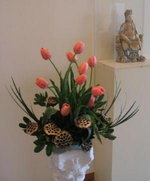 TULIP SERENITY Artistic Design in Ithaca, NY | BUSINESS IS BLOOMING