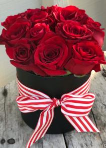 Tuxedo Roses Flower Box