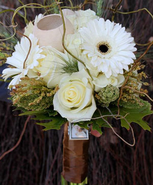 Twines of White Bouquet in Port Stanley, ON | Flowers By Rosita